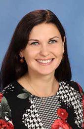 Elīna Skuja, Mūzikas skolotāja, 5.-9.klašu ansambļa vadītāja